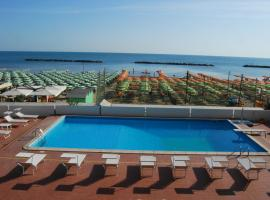 Hotel Embassy, hotel in Pesaro