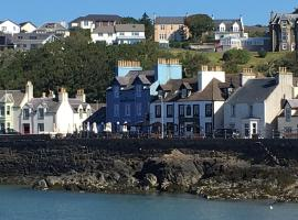 The Waterfront Seafront hotel and Bistro, hotel in Portpatrick