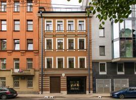 Boutique Apartments Krasnogo Kursanta 10, hotel near Petrovsky Stadium, Saint Petersburg