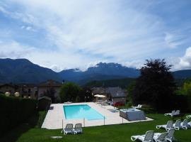Hotel Lucia, hotel in Levico Terme