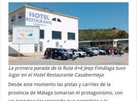 Hotel Casabermeja, hotell nära Parque Natural Montes de Málaga, Casabermeja
