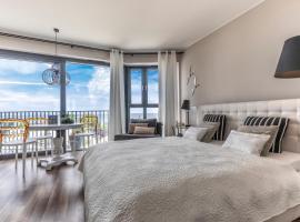 Apartament Prestige & Sea Horyzont 613, hotel near Miedzyzdroje Walk of Fame, Międzyzdroje