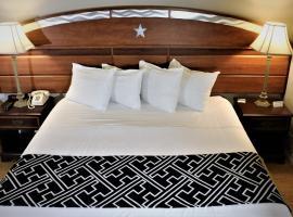 Monte Carlo Inn- Near Disney, hotel near Kissimmee Go-Karts, Kissimmee
