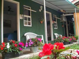 Hospedagem Da Laranjeira Gramado, hotel near Wax Museum, Gramado