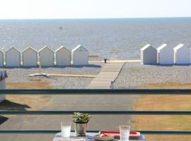 Le Continental, hotel in Cayeux-sur-Mer