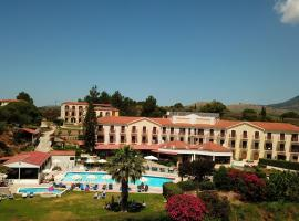 Karavados Beach Hotel, hotel in Karavadhos