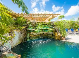 Kokomo Botanical Resort - Caribbean Family Cottages – hotel w mieście Turtle Cove