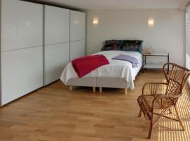 Modernes, sonniges Appartement im Herzen von Düsseldorf, accessible hotel in Düsseldorf