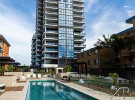 Boardwalk Burleigh Beach - Official, serviced apartment in Gold Coast