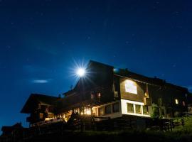 Sattleggers Alpenhof & Feriensternwarte, Hotel in Berg im Drautal