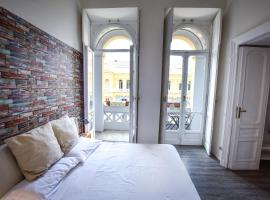 Astor Vintage Apartaments, holiday home in Naples