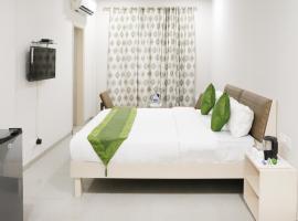 Treebo Trip Kamron, hotel near Fateh Burj, Chandīgarh