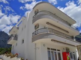 Apartment Ljubica Ljuban, room in Makarska