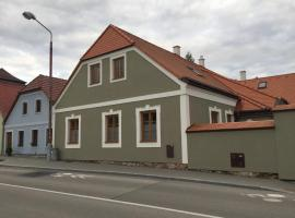 Pražská 116/II, hotel in Jindřichŭv Hradec
