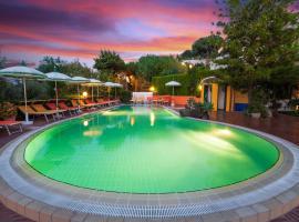 Resort Terme La Pergola, hotel near Port of Casamicciola Terme, Ischia