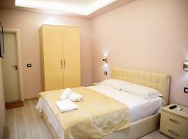 San Marino Hotel, hotel near Plazhi i Vjeter Beach, Vlorë