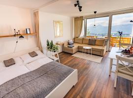 MOOKI Mountain & Pool Gerlitzen Apartment, Hotel in Kanzelhöhe