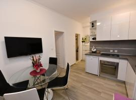 Apartment Cecilija, room in Sinj