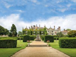 Eastwell Manor, Champneys Hotel & Spa, hotel in Ashford