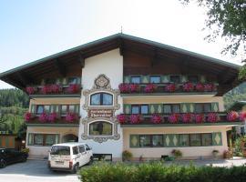 Ferienhaus Oberreiter, Hotel mit Pools in Flachau