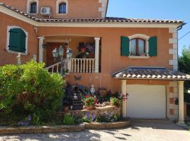 Casa das Oliveiras, hotel near Barbaroux Golf Course, Flassans-sur-Issole