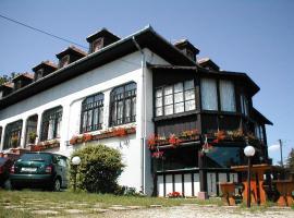 Krisztina Panzió, hotel Balatonalmádin