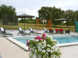 Villa Luna - beautiful, modern and luxurious, hotel near Pula Airport - PUY,