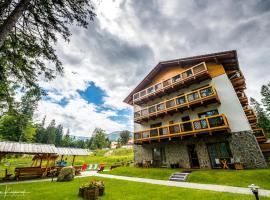Hotel Na Skarpie, hotel near Dinopark, Szklarska Poręba