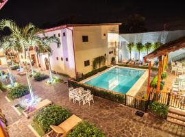 Hotel Plaza Marbella Granada, hotel in Granada