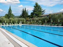Park Hotel Oasi, hotel in Garda