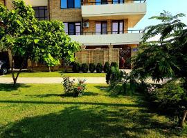 Guest House Demetra, hotel with pools in Vityazevo