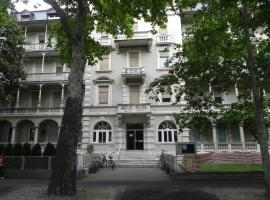 Casa Vacanze Monachy, apartment in Merano
