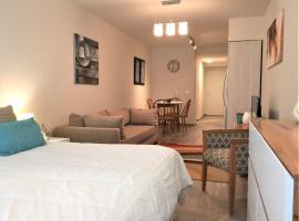 URBANA SUITES & STUDIOS 440, hotel en San Carlos de Bariloche