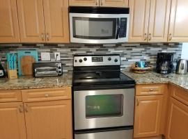 2BR/1BA Vacation Rental - Sienna Park, apartment in Sarasota