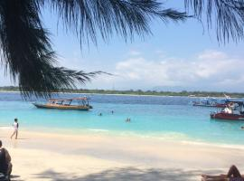 Gili Turtle Beach Resort, hotel in Gili Trawangan