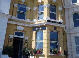 17 Wilmington Square, hotel near Towner Art Gallery, Eastbourne