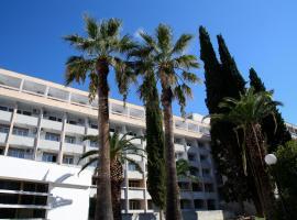 Hotel Zagreb, hotel in Split