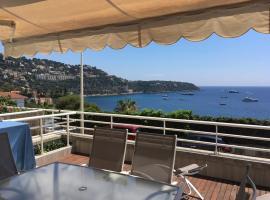 Delizioso Appartamento Vista Mare, hotel near Villa E-1027, Roquebrune-Cap-Martin