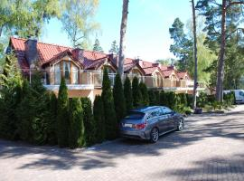 Holiday home Amarone, hotel in Pobierowo