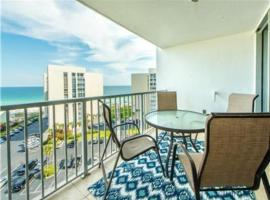 Shoreline Towers 3104 by RealJoy Vacations, serviced apartment in Destin