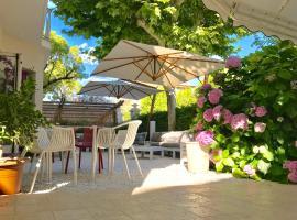 Petit Hotel, hotel in Lido di Camaiore