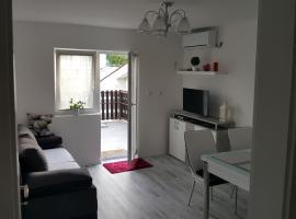 Apartment No1, apartment in Korenica