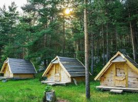 Eco Camp Chalets pod Gorom, lodge in Žabljak