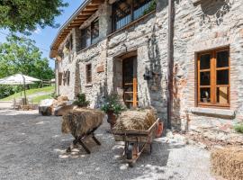 Agriturismo Cascina Mirandola, farm stay in Albese Con Cassano