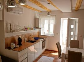 Luxury Apartment Luka, luxury hotel in Omiš