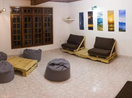 The Pallet Hostel, hostel in Kandy