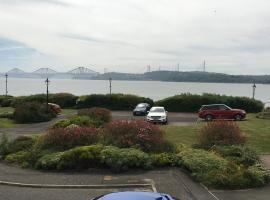 Prime Dalgety Bay Waterfront Apartment, apartment in Saint Davids