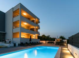Villa Apartment AA 2, hotel with pools in Trogir