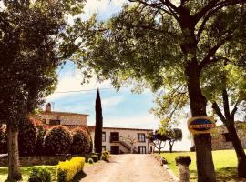 B&B El Ranxo, hotel a prop de Aeroport de Girona-Costa Brava - GRO,
