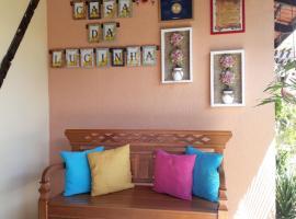 Pousada Casa da Lucinha, guest house in Fortaleza